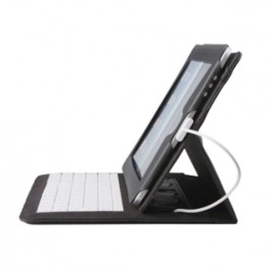 Leather-case-holder-with-sewed-in-keyboard-for-ipad